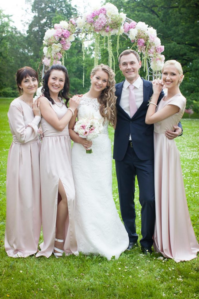 Blush-pink-wedding-13