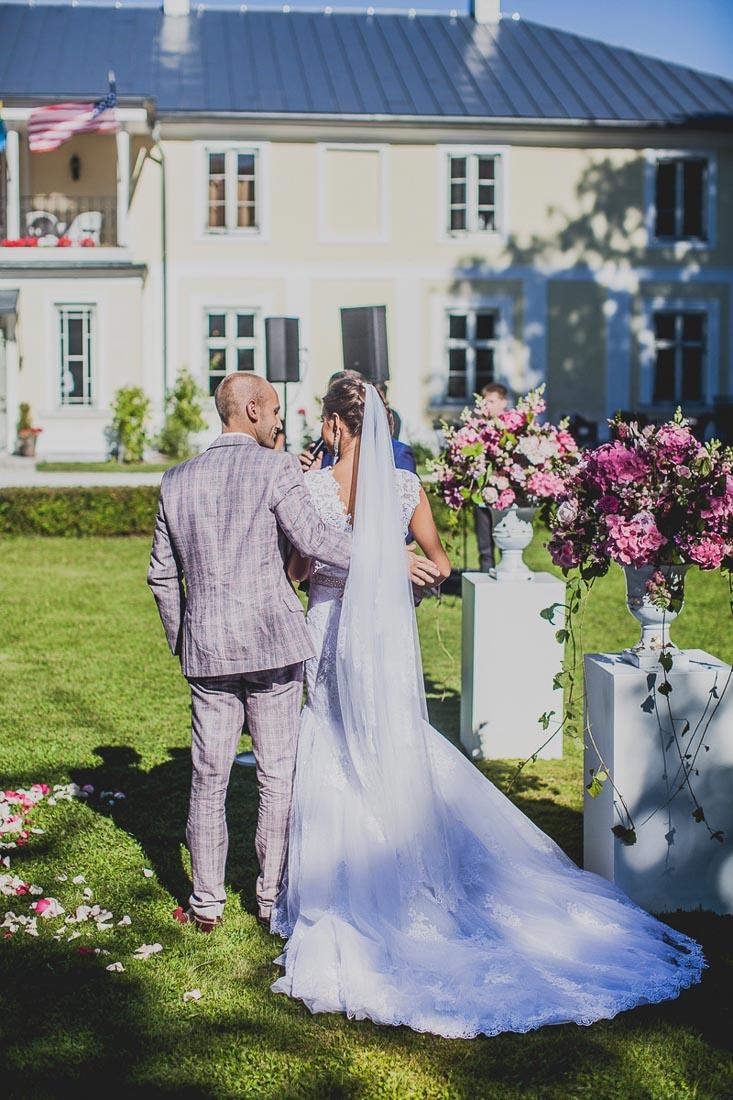 a-a-hot-pink-wedding-15