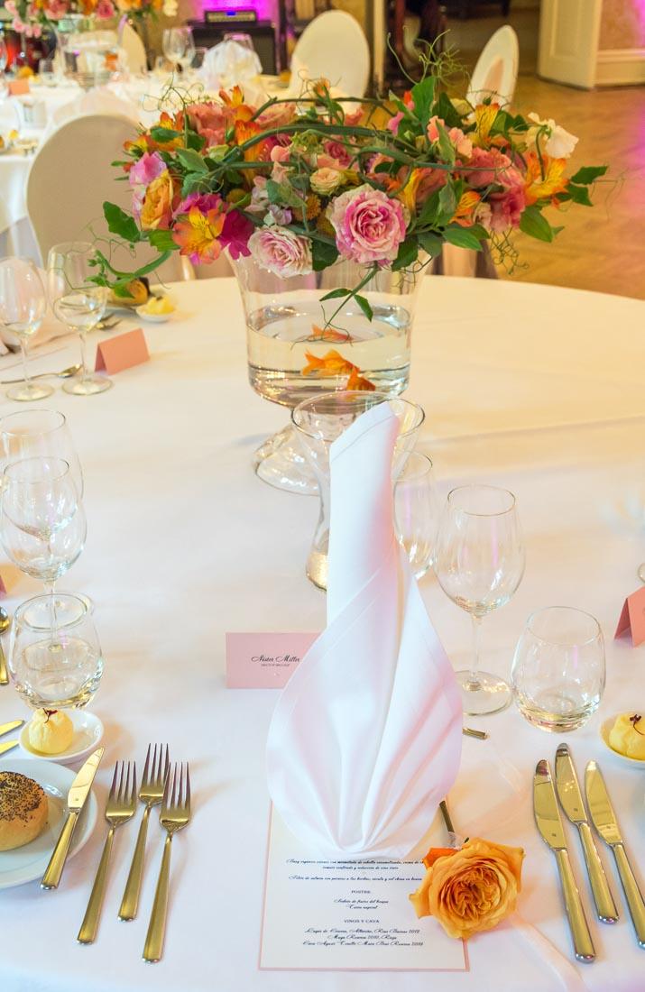 goldfish-themed-wedding-13